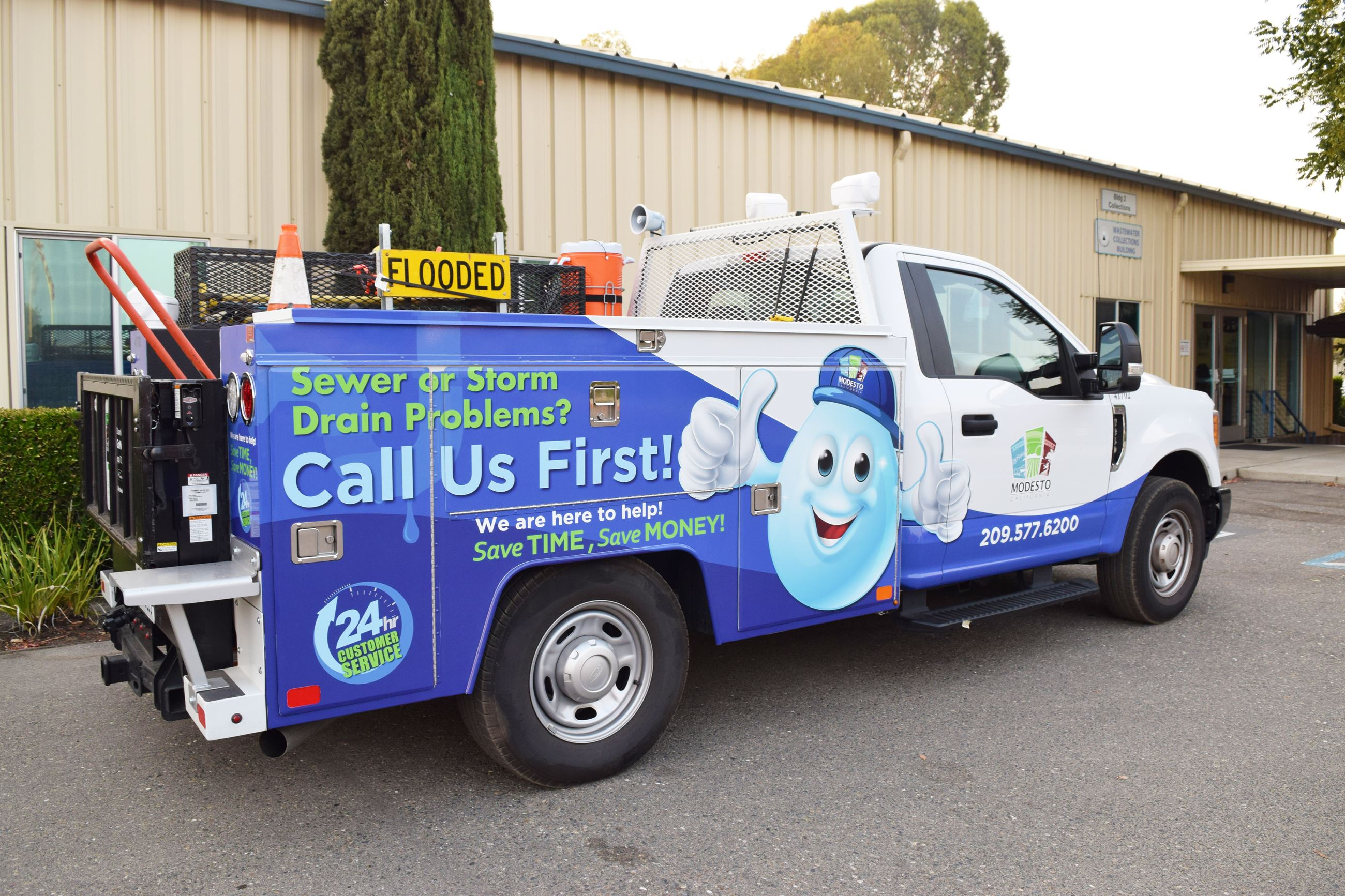 Sewer and Storm Drain Service Truck